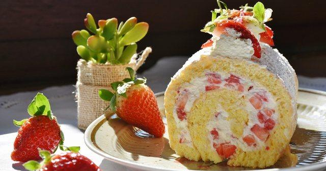 節分にロールケーキ