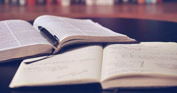 読書初心者の方へおすすめする本