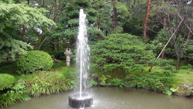 日本三大名園の兼六園の噴水