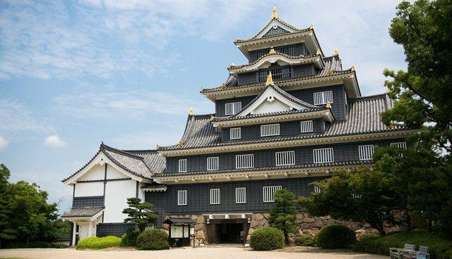 日本三大名園の後楽園の岡山城